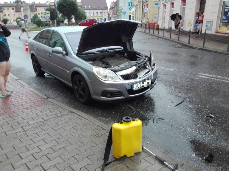 Kolizja dwóch samochodów osobowych w Sępólnie Krajeńskim