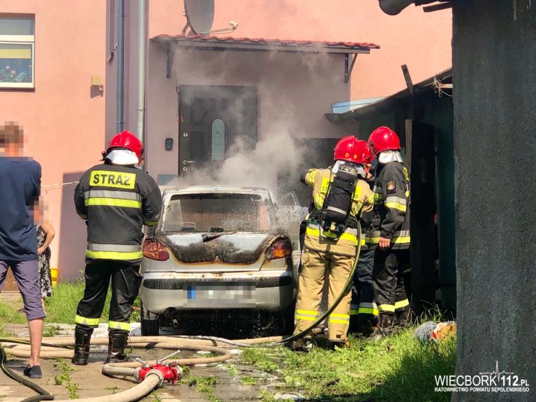 Sępólno Kraj: Pożar samochodu przy Młyńskiej